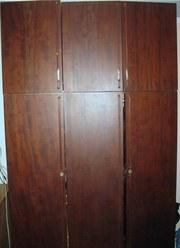 Шкаф 3-х дверный,  темно-бордовый